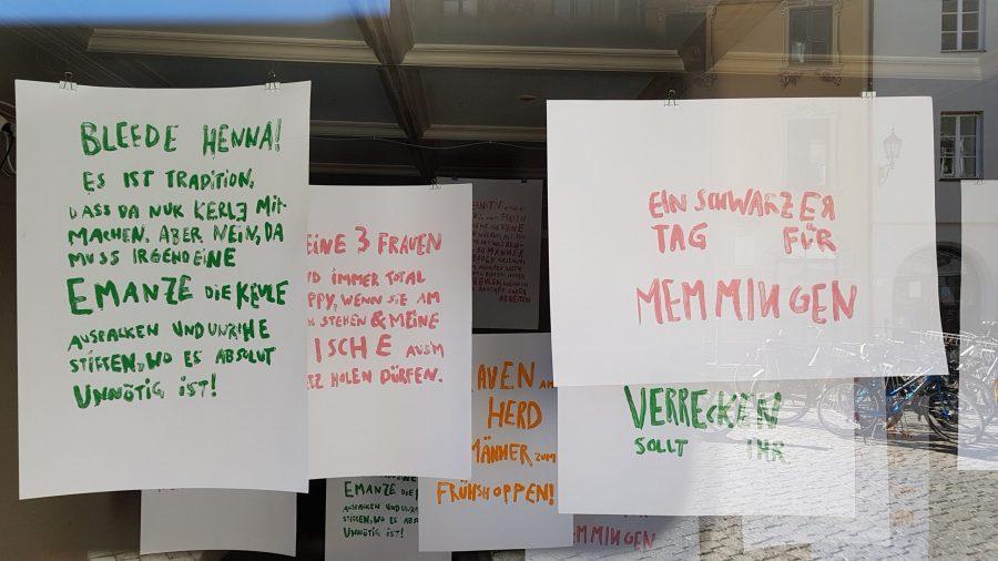 Schaufensterausstellung im Café Konnex am Marktplatz in Memmingen